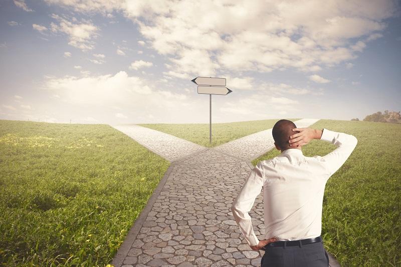La elección del cómo hacer crecer un negocio requiere meditación, asesoría y claridad de objetivos